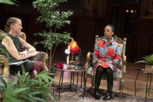Eva Karman Reinhold samtalar med Årets Indie - Elena Wolay